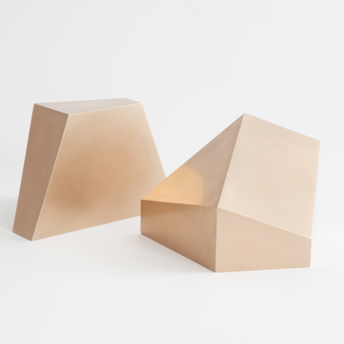 Poly Bookend
