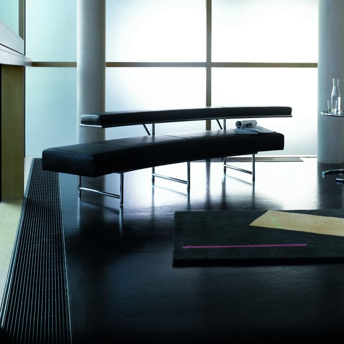 Adjustable Table E 1027, Bonaparte Rug, Monte Carlo