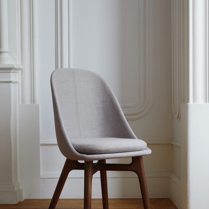 750S Solo Wide Dining Chair